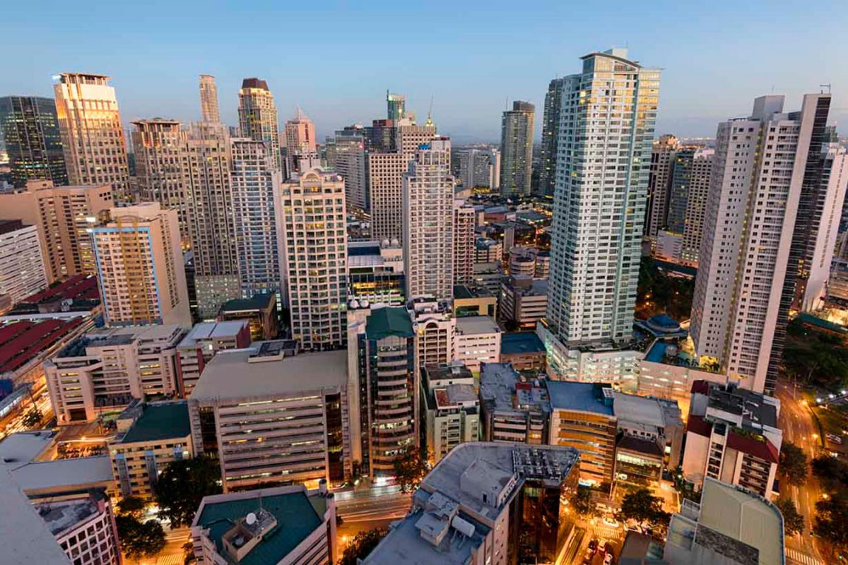 How to Hire a Virtual Assistant in the Philippines – with John Jonas