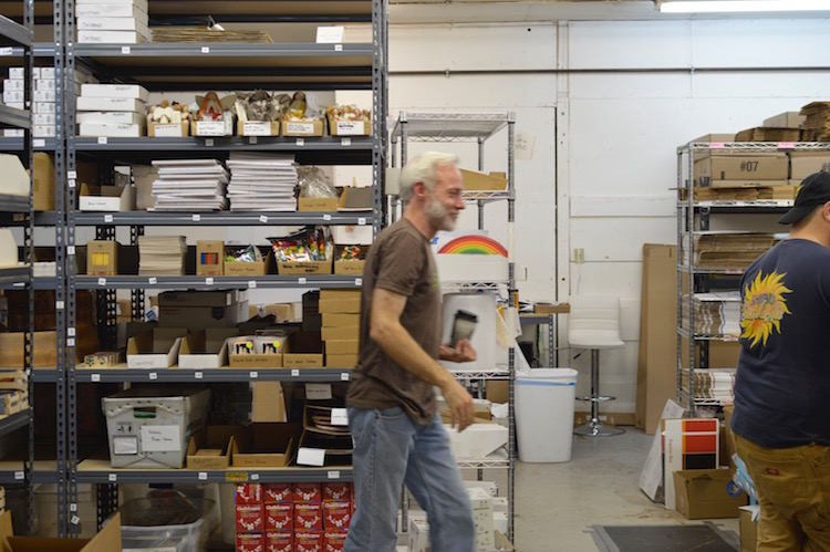 6 Crucial Skills That Define What Makes a Good Warehouse Manager